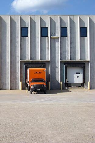 Allied Van Lines truck at the Rochester Transfer & Storage Warehouse facility in Rochester MN